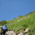 急斜面を経て稜線へ