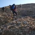 急斜面を登ると稜線