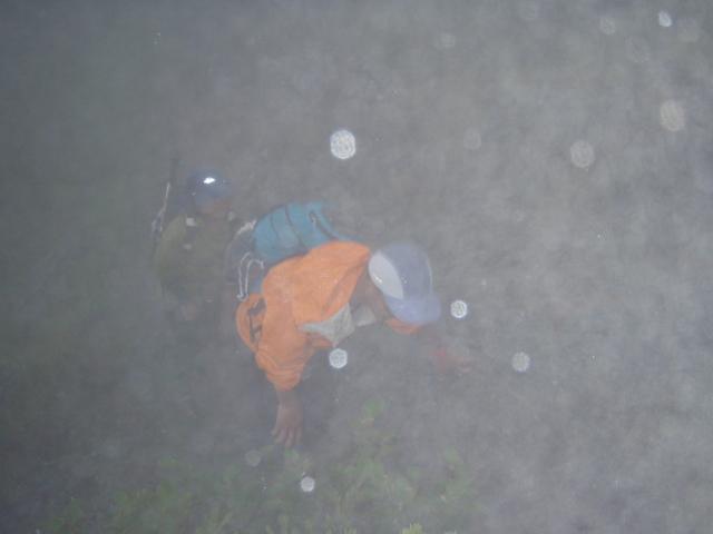 雨ひどくなる頃、岩瀬選手と星野選手が