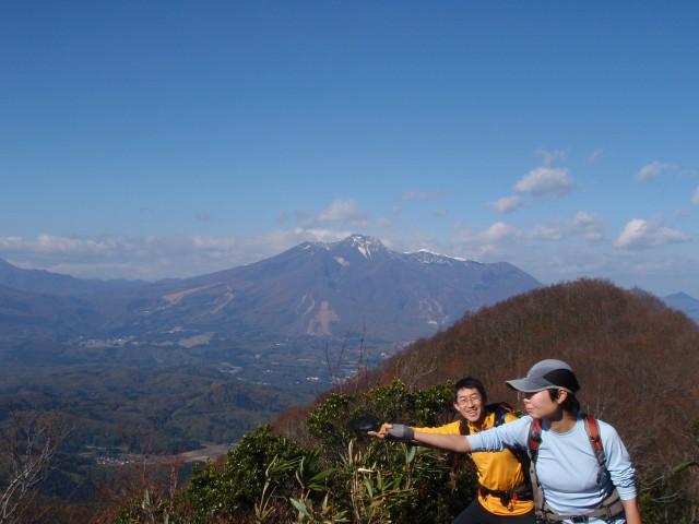 白い妙高山