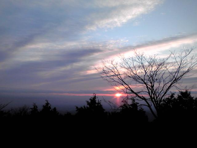山の上から初日の出